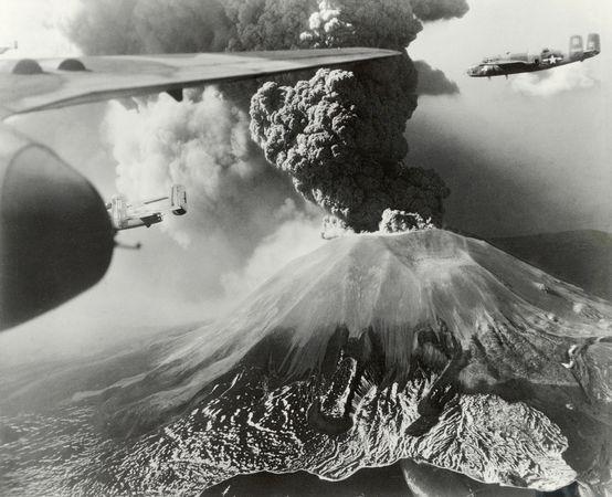 volcano-gallery-10-22-02_84943_600x450