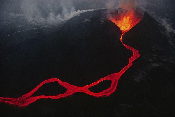 volcano-gallery-10-22-03_84944_600x450