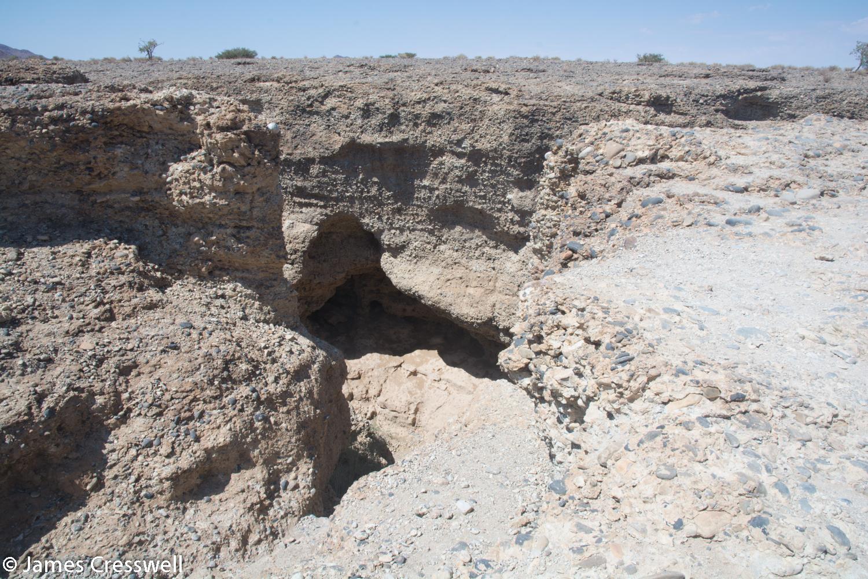 Sesriem gorge where the Tsauchab river in the Pleistocene cut down through Miocene river sediments.